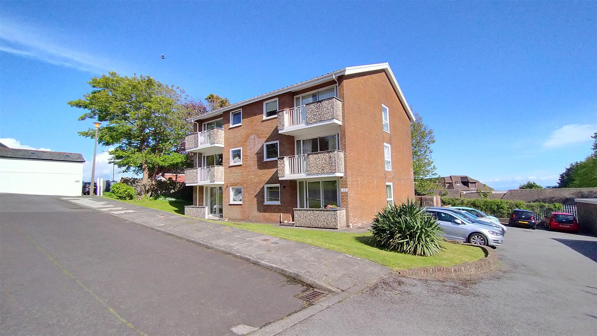 Groves Avenue, Langland, Mumbles, Swansea, SA3 4QX